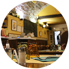 Pausa pranzo, business lunch all'Osteria Cadraio di Genova vicino a Via Garibaldi Musei Strada Nuova Centro Storico